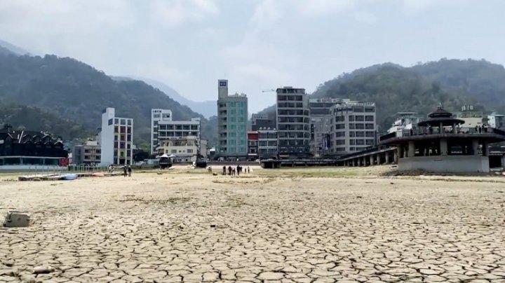 Taiwan se confruntă cu cea mai gravă secetă din ultimii 56 de ani. Rugăciuni în masă și 2 zile pe săptămână fără apă pentru locuitori