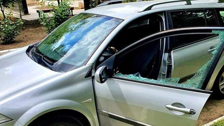 Mașina liderului PSRM din Căușeni, Oleg Cuciuc, a fost vandalizată. Făptaşii au lăsat un bilet în care îi ameninţă familia