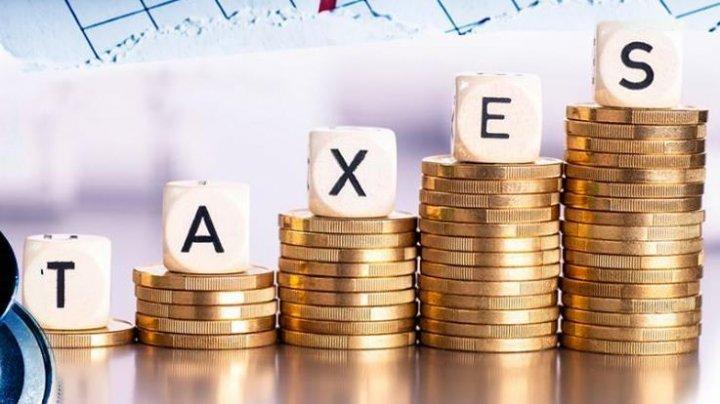 Jeff Bezos, Elon Musk, Warren Buffett şi alţi miliardari plătesc impozite infime faţă de creşterea înregistrată de averile lor