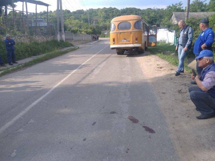 Accident rutier fatal pentru o femeie din Țibirica, Călărași, care traversa strada neregulamentar. Poliția elucidează circumstanțele