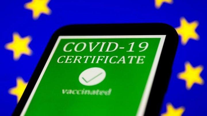 Site-ul de unde moldovenii cu cetățenie română pot descărca certificatul verde COVID și alte modalități prin care se poate ajunge în posesia documentului