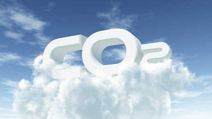 Concentraţia de CO2 din atmosferă, la cel mai ridicat nivel de la debutul măsurătorilor