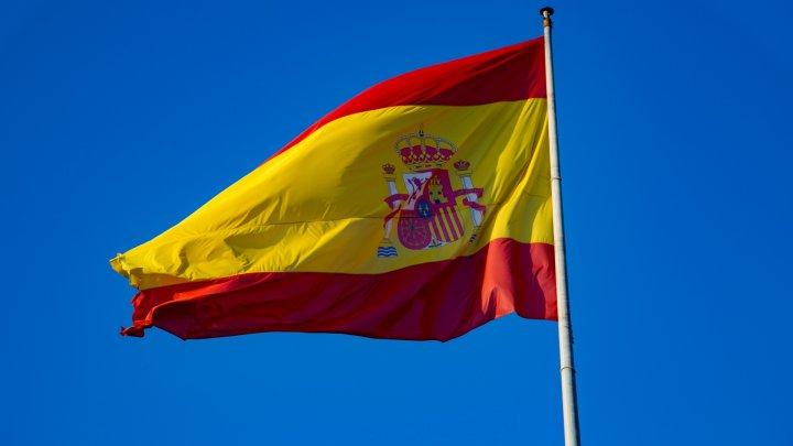 Moldovenii pot circula liber în Spania cu paşaportul biometric. Condiţia pe care trebuie să o întrunească
