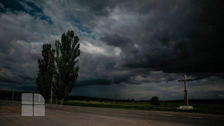 Vine FURTUNA peste Moldova. Cod Galben de averse puternice, însoțite de grindină