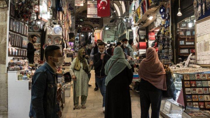 Medicii avertizează: Pandemia a scăpat de sub control în Turcia