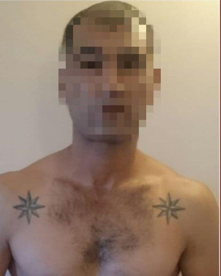 Grup infracțional dirijat de un deținut al Penitenciarului nr.13, deconspirat. Deţinutul ameninţa victima chiar din închisoare (VIDEO)