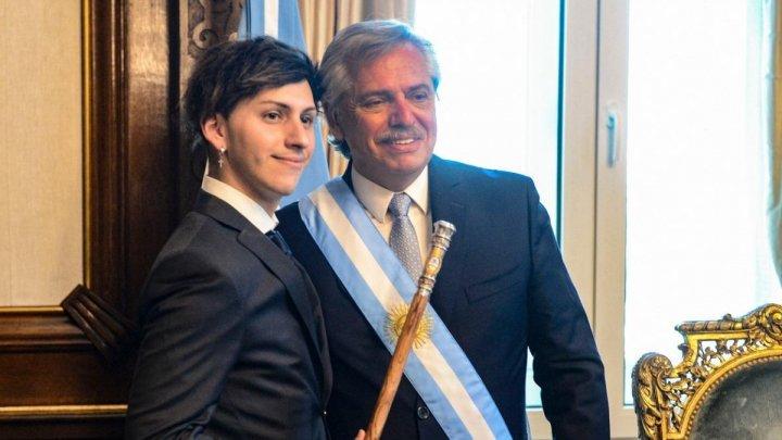 """Argentinienii pot alege """"X"""" pe buletin, în loc de femeie sau bărbat"""