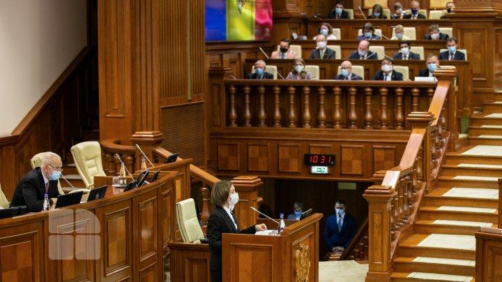 Ședința de constituire a Parlamentului din legislatura a XI-a (FOTOREPORT)