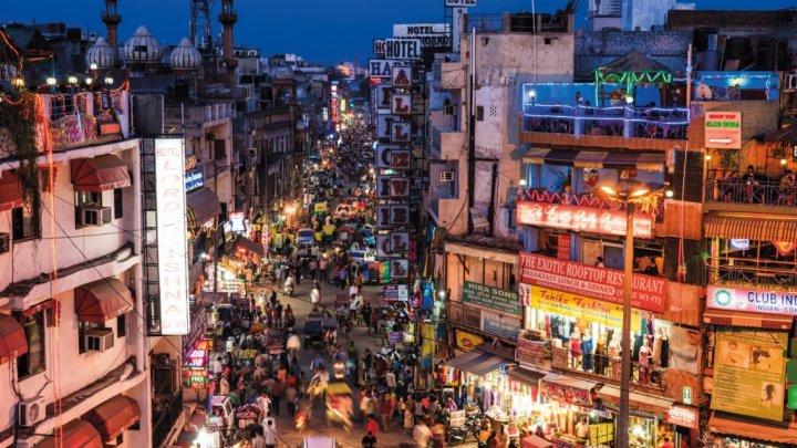 India construieşte 40 de ventilatoare uriaşe pentru ameliorarea calităţii aerului din New Delh