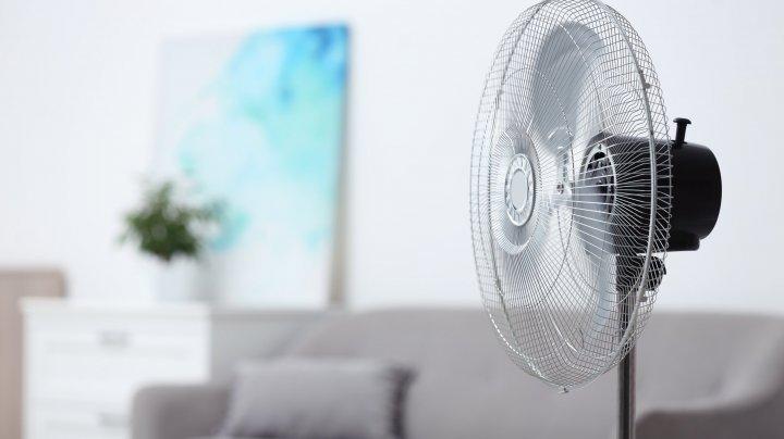 TRUC EFICIENT pe timp de CANICULĂ! Cum să-ţi răcoreşti casa fără aer condiţionat