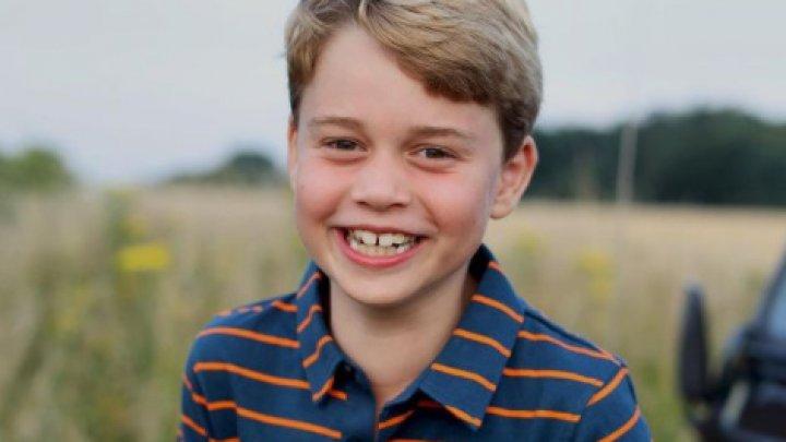Prințul George a împlinit 8 ani. Cum arată în poza făcută de Kate Middleton