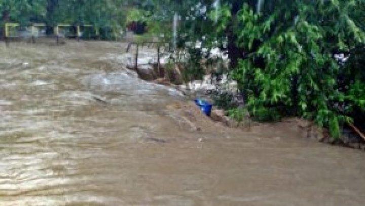 Cel puţin 18 morţi în India, în urma ploilor torenţiale musonice
