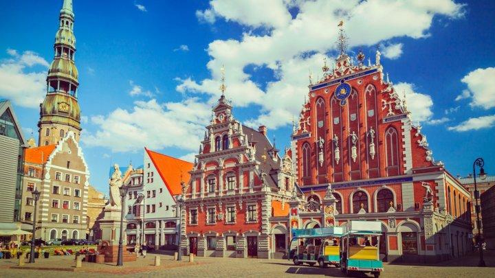 Letonia a declarat stare de urgență națională pentru o perioadă de trei luni. Țara a atins un nivel record de infectări