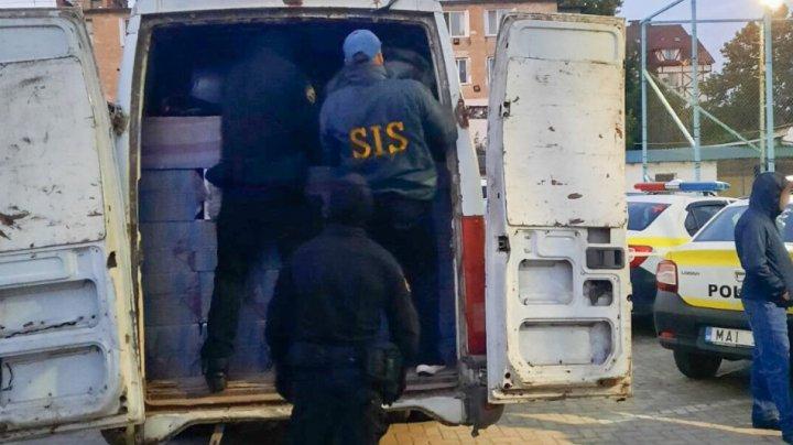 Șase persoane reținute pentru contrabandă cu țigări la Cahul. Ce riscă aceștia