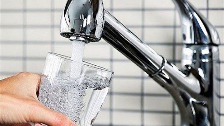 Faceți rezerve de apă potabilă. Se anunță sistări pe mai multe străzi din Capitală, sâmbătă 31 iulie
