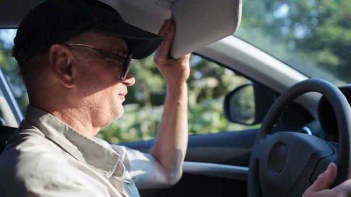 IMPORTANT pentru șoferi: sfaturi simple care mențin răcoarea în mașină pe timp de caniculă. Vezi ce NU ar trebui să faci