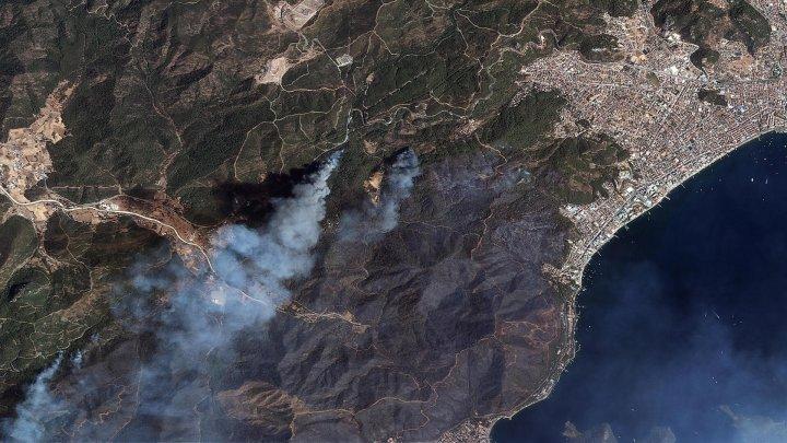 Cum se văd din spațiu incendiile puternice din Turcia. Imaginile surprinse din satelit (FOTO)