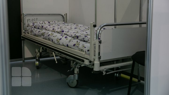 Spitalele municipale pentru tratarea pacienților cu COVID-19 NEÎNCĂPĂTOARE. Persoanele cu formă uşoară ar trebui tratate acasă