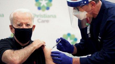 Preşedintele Joe Biden va primi luni a treia doză de vaccin împotriva COVID-19