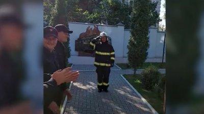 Un pompier din cadrul IGSU a fost trecut în rezervă într-un mod inedit (VIDEO)