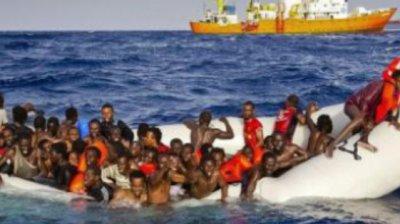 Opt cadavre ale unor migranţi, printre care şi al unui copil, descoperite pe plajele din sudul Spaniei