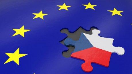 CEHXIT. Partidul ceh de extremă-dreapta condiționează susținerea unui nou guvern de ieșirea din UE