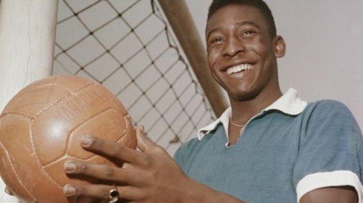 """Pele a fost operat - Mesajul legendarului fotbalist brazilian: """"Abia aştept să joc din nou"""""""