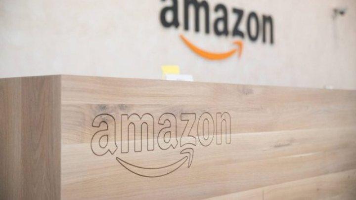 Compania Amazon acuzată că promovează dezinformarea privind COVID prin cărţi scrise de autori care sunt împotriva vaccinării