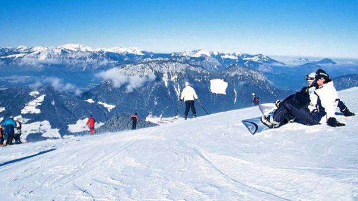 Austria îşi va deschide pârtiile de schi doar pentru turiștii vaccinați, testați sau care au avut COVID-19