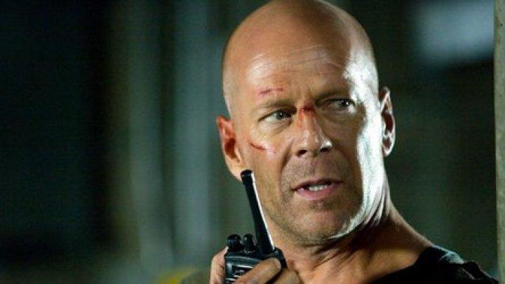 Deepfake cu Bruce Willis în Rusia. Actorul ar fi primit până la 2 milioane de dolari (VIDEO)