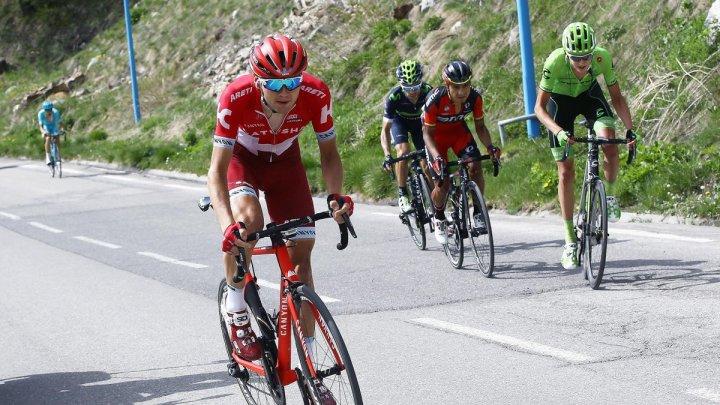 Cu muzică şi claxoane: Cicliști din Capitală au parcurs 92 de kilometri