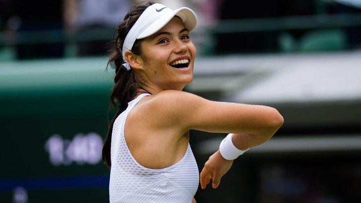 Emma Răducanu - Leylah Fernandez 6-4, 6-3. Sportiva cu origini românești a învins US Open venind din calificări, fără set cedat
