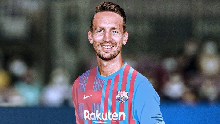 """Luuk De Jong a ajuns la Barcelona și """"arde de nerăbdare"""" să debuteze. Fotbalistul va evolua în tricoul cu numărul 17"""