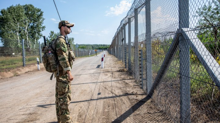 Ungaria suplimentează forțele de la frontieră pentru a stopa valurile de migranți