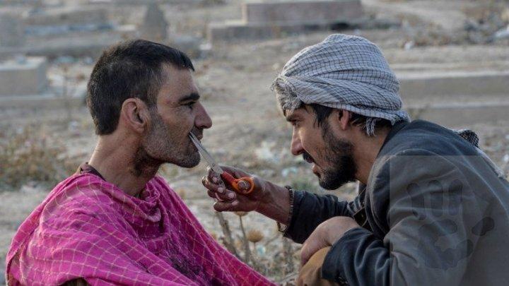 Talibanii le-au interzis frizerilor din Afganistan să radă sau să tundă bărbi