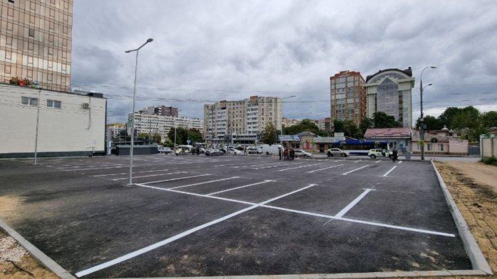 Veste bună! O nouă parcare publică a fost amenajată în centrul Capitalei