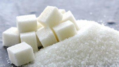 Scumpirile se țin lanţ. Prețul la zahăr a crescut, în medie, cu doi lei