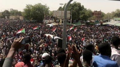 Victime în urma puciului din Sudan. Cel puțin şapte oameni au murit, iar alți 140 au fost răniți