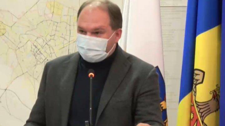 Ion Ceban: În spitalele municipale nu mai sunt locuri libere la terapie intensivă