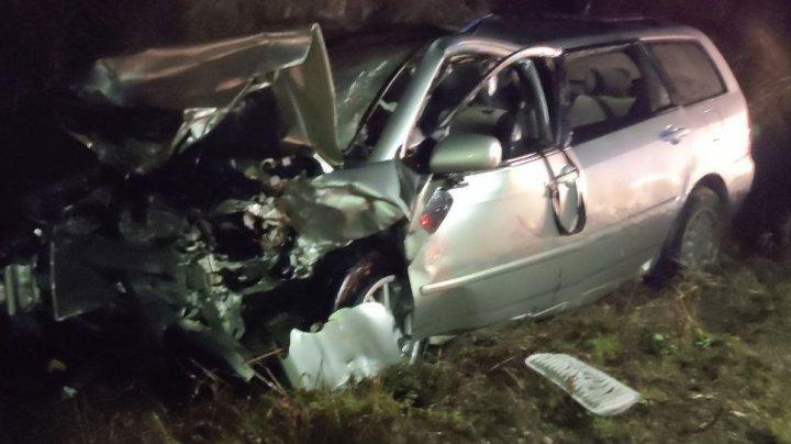 Accident tragic la Ungheni. O fetiță de 4 ani a murit, iar alte cinci persoane au ajuns în stare gravă la spital (FOTO)