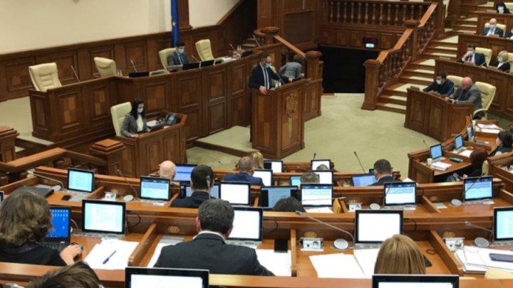 Moțiunea simplă inițiată de BCS împotriva ministrului Justiției, respinsă de Parlament