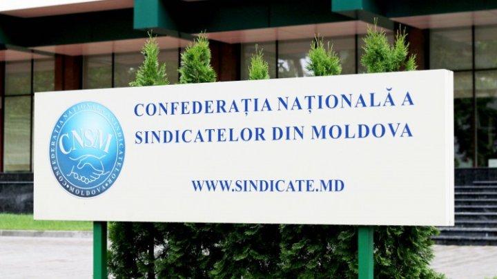 """""""Unii moldoveni nu-şi vor putea achita facturile, dacă tarifele la gaze vor creşte"""". Sindicatele cer Guvernului să vină cu soluţii pentru criza energetică"""