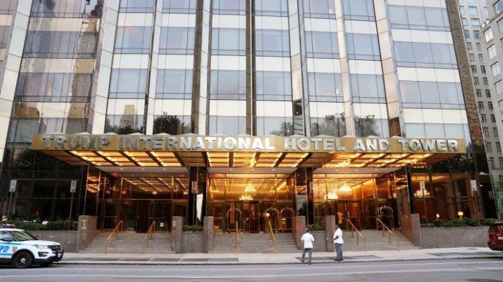 Donald Trump își vinde hotelul de lux din Washigton. Care este cauza