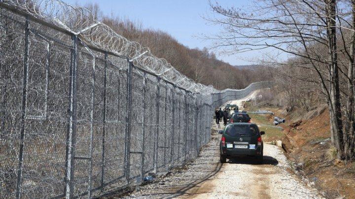 Mai multe țări UE cer fonduri europene pentru construirea de garduri împotriva migranților