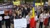 Протест антипротест: Коалиция против дискриминации пикетировала Митрополию Молдовы