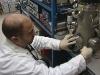 Грязные носки помогут бороться с малярией, считают ученые