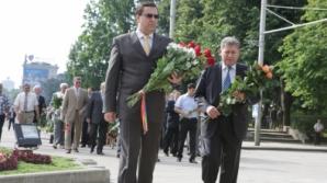Лупу у памятника Штефану чел Маре: Призываю политические силы объединиться. Мы в ответе за то, что происходит в Молдове