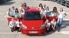 В Volkswagen up! уместились 16 человек (ФОТО)
