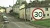 Британец помог водителям снизить скорость до 30 километров в час