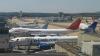 Из-за густого тумана, тысячи пассажиров были заблокированы в аэропортах Лондона